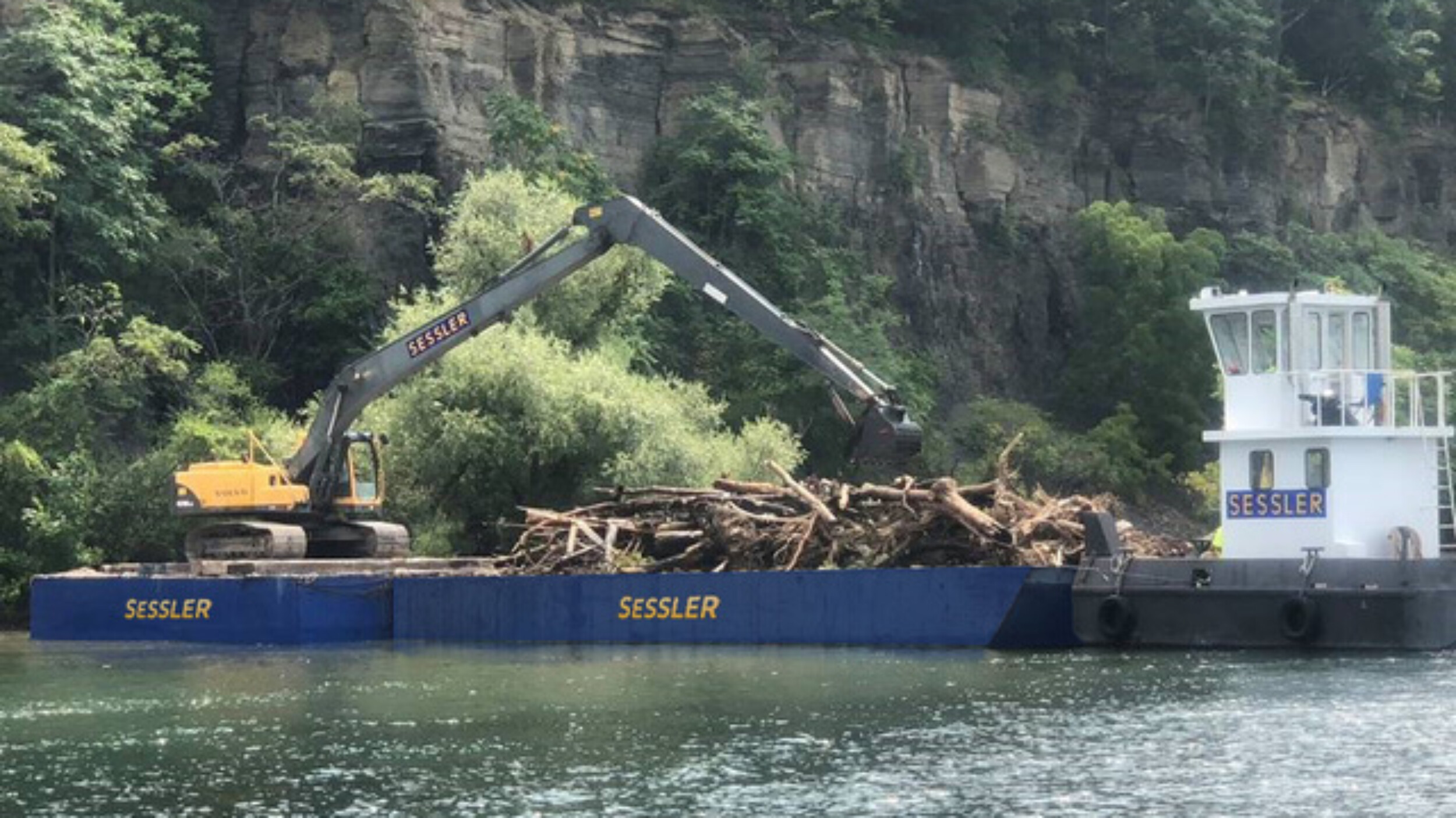 Sessler Wrecking Barge Marine Clean-Up