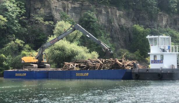 Sessler Wrecking Barge Marine Clean-Up
